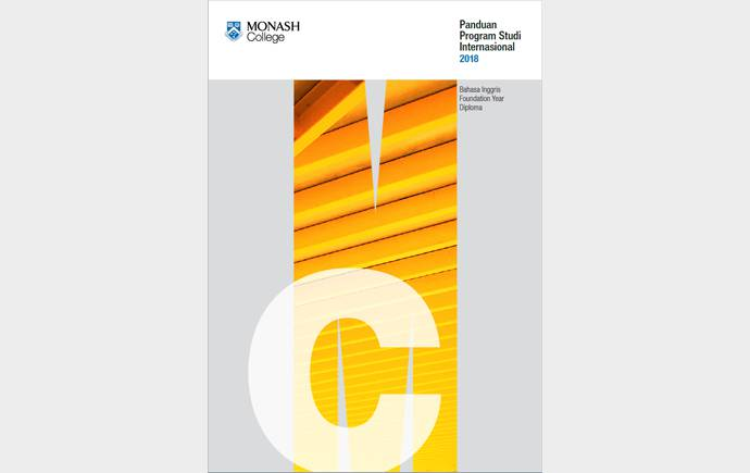 Cover of Monash College Course Guide 2017 - Indonesian